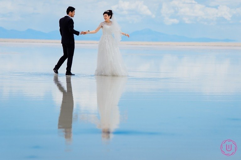 Wedding-photo-in-Uyuni