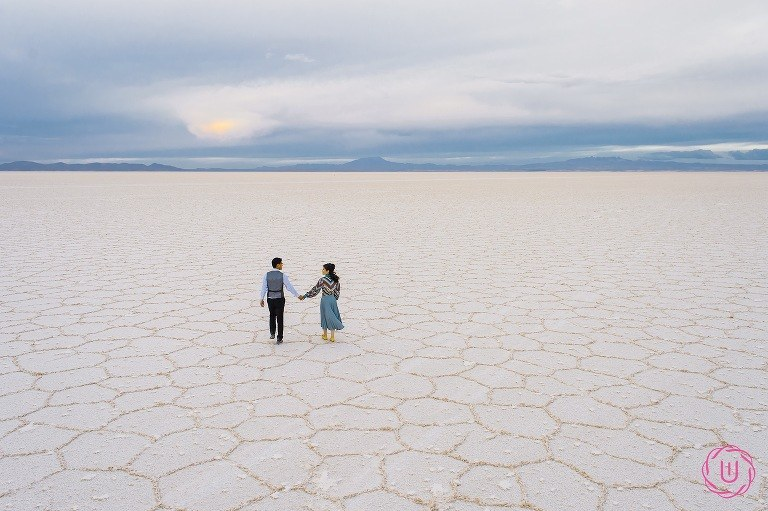 Wedding-photo-Uyuni-salt-flats